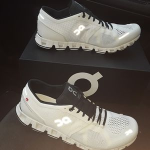 Brand New On Cloud Running Shoes. Women's Size 10.